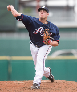 Addison Reed pitches for the Aces in 2015.
